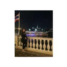 Profil Pengguna Christine Elaine