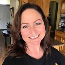 Joannie felhasználói profilja