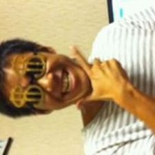 Yoshihide felhasználói profilja