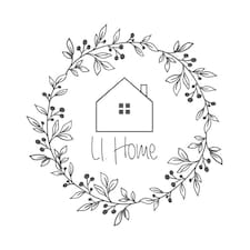 Li.Home är en Superhost.