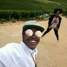 Tshego Joshua felhasználói profilja