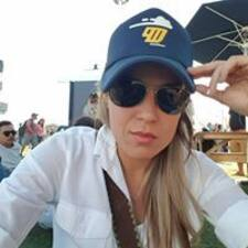 Katya Araceli User Profile