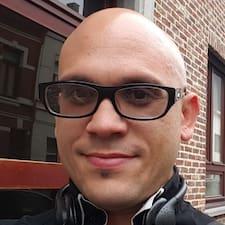 Yoisel felhasználói profilja
