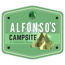 Alfonsos Campsite & Transient House