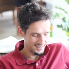 Profil Pengguna Jean-Roch