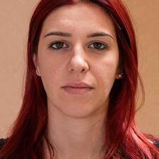 Giulia的用戶個人資料