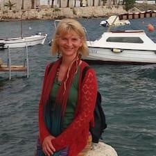 Suzanne Elizabeth User Profile