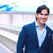 Mauricio's profile photo