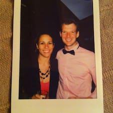 David & Jessica is een SuperHost.