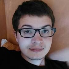 Charlelie User Profile