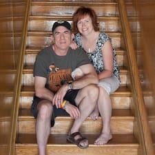 Lesley And Jamie — суперхозяин.