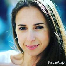 Profilo utente di Christiana