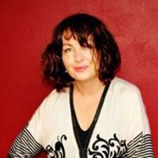Profil Pengguna Suzanne