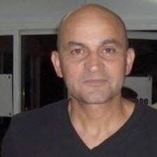 Álvaro User Profile