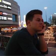 Simonas User Profile