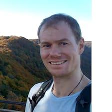 Christopher felhasználói profilja