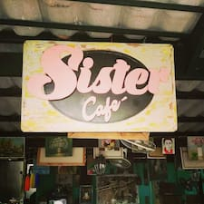 2Sister Cafe'