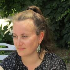 Profilo utente di Hélène