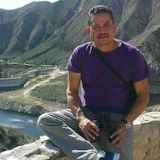 Juan Manuel ברשימת המארחים המצטיינים