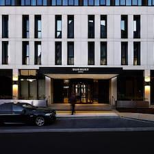 Nutzerprofil von Burbury Hotel & Apartments