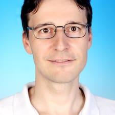 Bernhard的用戶個人資料