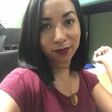 Profil Pengguna Angela