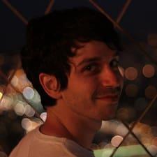 Lukas felhasználói profilja