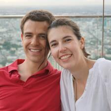 Daniel Y María User Profile