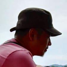 子坚 User Profile