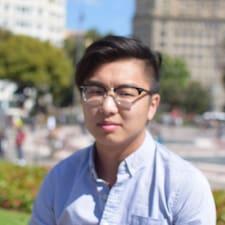 Chi Chiu felhasználói profilja