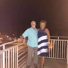 Everett & Darlene felhasználói profilja