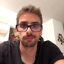 Profil korisnika Clement