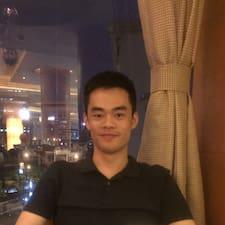 李 User Profile