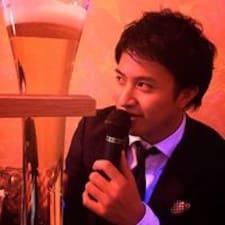 โพรไฟล์ผู้ใช้ Takashi