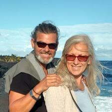 Robert & Cristina felhasználói profilja