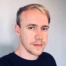 Profil Pengguna Thom