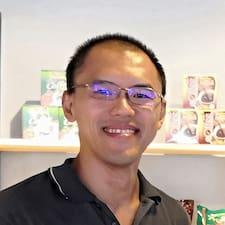 Obtén más información sobre Kim Pang