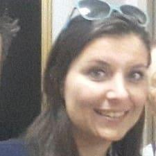 Carolina De Cássia님의 사용자 프로필