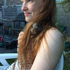 Phoebe Brugerprofil