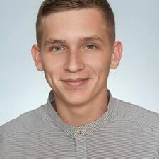 Profil Pengguna Branislav