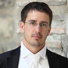 Marko — суперхозяин.