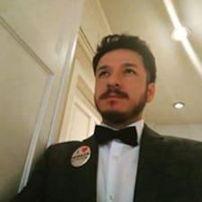 Mario felhasználói profilja