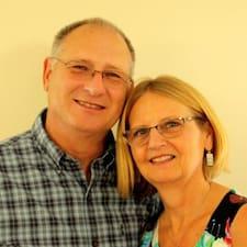 Mike And Cindy — суперхозяин.