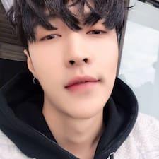 姝钰 felhasználói profilja
