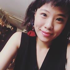 Chiung Yi User Profile