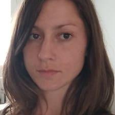 Anne Cécile的用戶個人資料