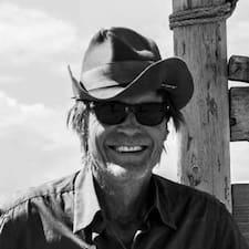 Red Cloud Ranch님은 슈퍼호스트입니다.