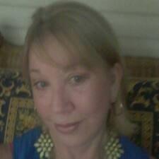 Nutzerprofil von Julie