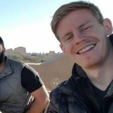 โพรไฟล์ผู้ใช้ Eric And Danny