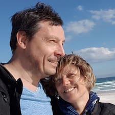 Profil Pengguna Philippe And Monika